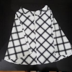 Amanda & Chelsea Graphic Print Skirt